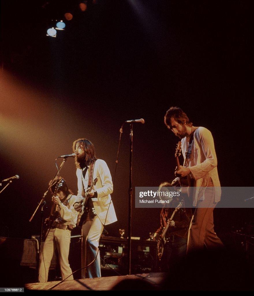 Eric Clapton Comeback Concert : News Photo