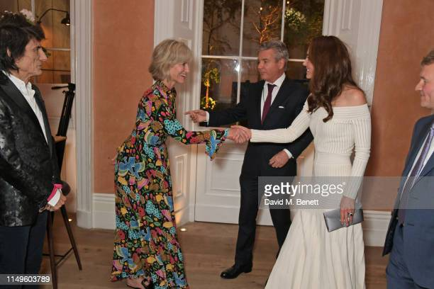Ronnie Wood Nicola Formby Hugo de Ferranti Catherine Duchess of Cambridge and CEO of Action On Addiction Graham Beech attend a dinner hosted by Skye...
