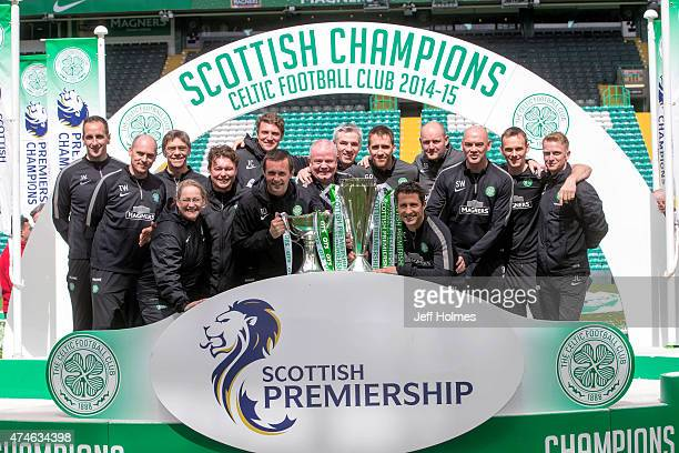 Ronny Deila Celtic manager with all his back room staff at the end of the Scottish Premiership Match between Celtic and Inverness Caley Thistle at...