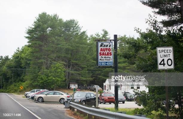 Ron'S Auto Sales >> World S Best Used Car Showroom Stock Pictures Photos And