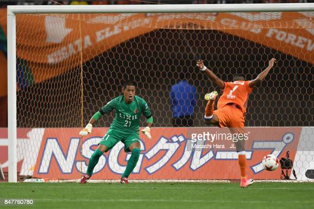 Rony of Albirex Niigata heads to score his side's second goal during the JLeague J1 match between Albirex Niigata and Kashima Antlers at Denka Big...