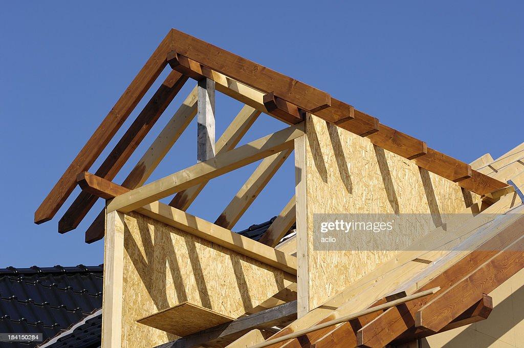 Как делать окно на крыше с выносом