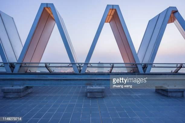 roof platform - flach stock-fotos und bilder
