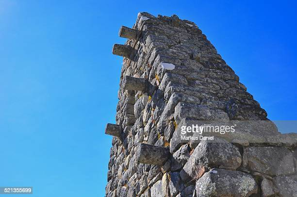 "roof support structure in machu picchu - ""markus daniel"" stock pictures, royalty-free photos & images"