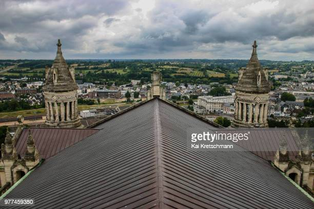 Roof symmetrie