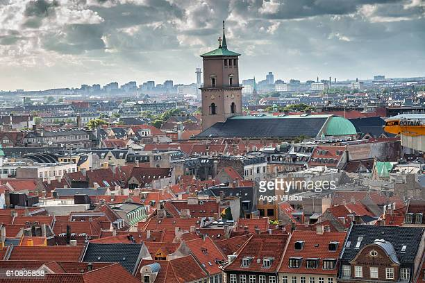 roofs and the church of our lady cathedral city of copenhagen - christiansborg palace stock pictures, royalty-free photos & images