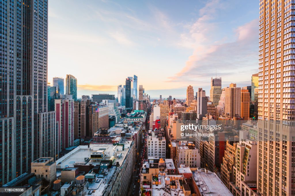 Rooftop view of Midtown Manhattan skyline, New York City : Stock Photo