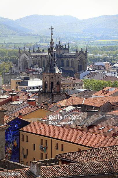 rooftop view of town of vitoria-gasteiz - ビトリア=ガステイス ストックフォトと画像