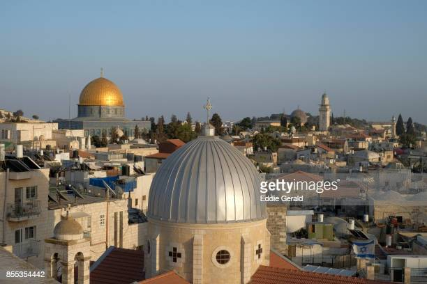 rooftop walks in the old city of jerusalem - east jerusalem stock pictures, royalty-free photos & images