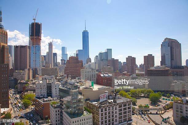 rooftops and office towers of lower manhattan, nyc - barry crane stock-fotos und bilder