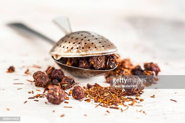 Rooibos tea with berries