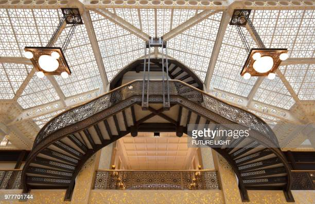rookery building, interior staircase of the light court, chicago, illinois, usa, north america - rookery stock pictures, royalty-free photos & images