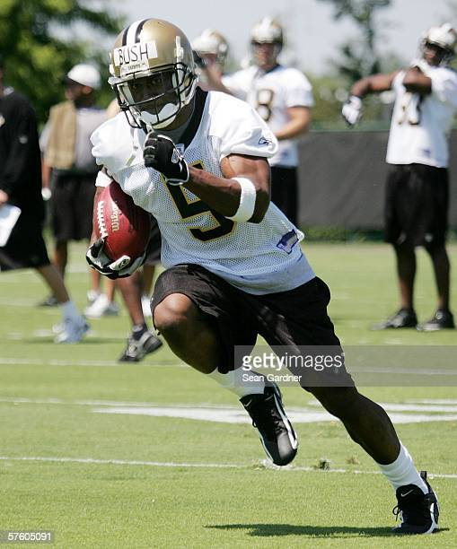 Rookie running back Reggie Bush of the New Orleans Saints practices during Rookie Camp on May 13 2006 at the Saints Training Facility in Metairie...
