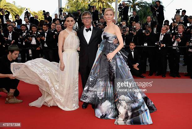 Rooney Mara director Todd Haynes and Cate Blanchett attend the Premiere of 'Carol' during the 68th annual Cannes Film Festival on May 17 2015 in...