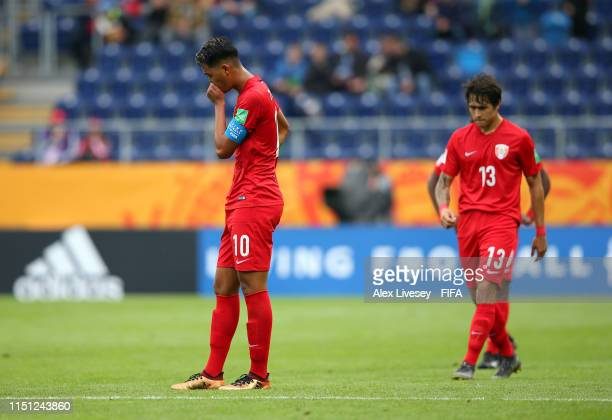 Roonui Tehau of Tahiti along with team mates look dejected during the 2019 FIFA U-20 World Cup group A match between Tahiti and Senegal at Arena...