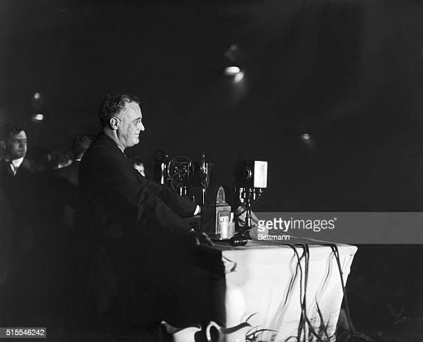 Roosevelt Seconds Lehman's Nomination. Gov. Franklin D. Roosevelt, Democratic nominee for President, shown on the speaker stand at Albany, as he...