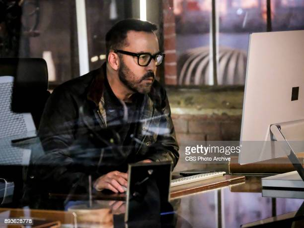 'Root Directory' Pictured Jeremy Piven as Jeffrey Tanner Carlos Ochoa the man convicted of killing Mia awakens from his coma and provides Tanner and...