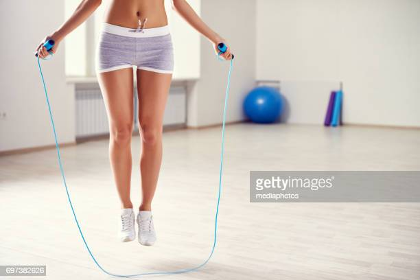rope exercise in gym - skipping rope stock pictures, royalty-free photos & images