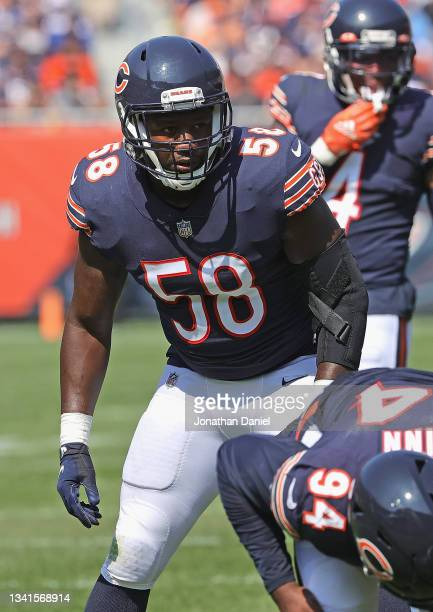 Roquan Smith of the Chicago Bears awaits the start of play against the Cincinnati Bengals at Soldier Field on September 19, 2021 in Chicago,...