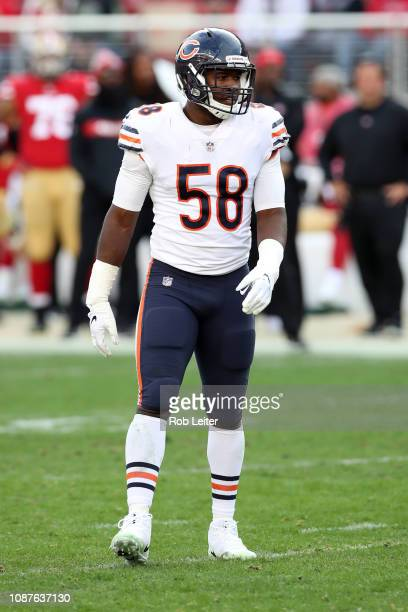 Roquan Smith of the Chicago Bears in action during the game against the San Francisco 49ers at Levi Stadium on December 23, 2018 in Santa Clara, CA....