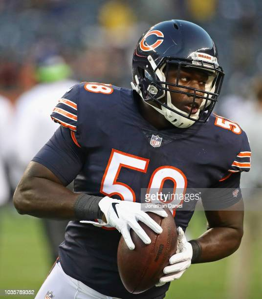 Roquan Smith of the Chicago Bears participates in warm-ups before a game against the Seattle Seahawks at Soldier Field on September 17, 2018 in...