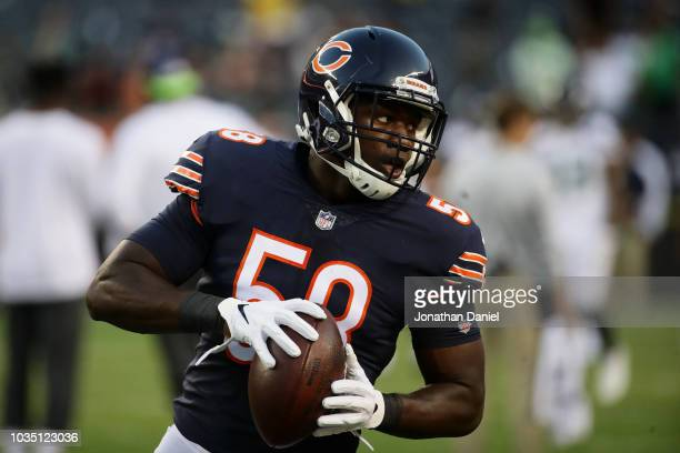 Roquan Smith of the Chicago Bears warms up prior to the game against the Seattle Seahawks at Soldier Field on September 17, 2018 in Chicago, Illinois.