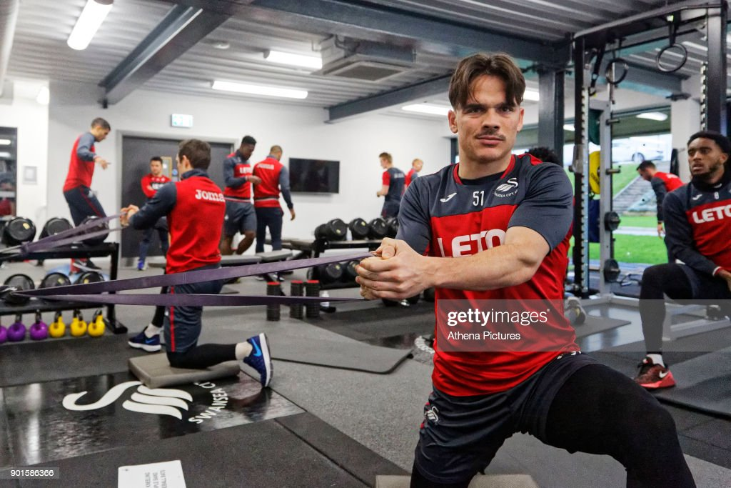 Roque Mesa exercises in the gym during the Swansea City Training at The Fairwood Training Ground on January 04, 2018 in Swansea, Wales.