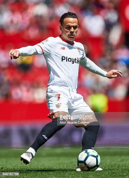 Roque Mesa of Sevilla FC in action during the La Liga match between Sevilla and Villarreal at on April 14 2018 in Seville