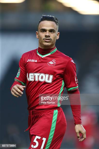 Roque Mesa of Swansea City in action during the Carabao Cup Second Round match between Milton Keynes Dons and Swansea City at StadiumMK on August 22...