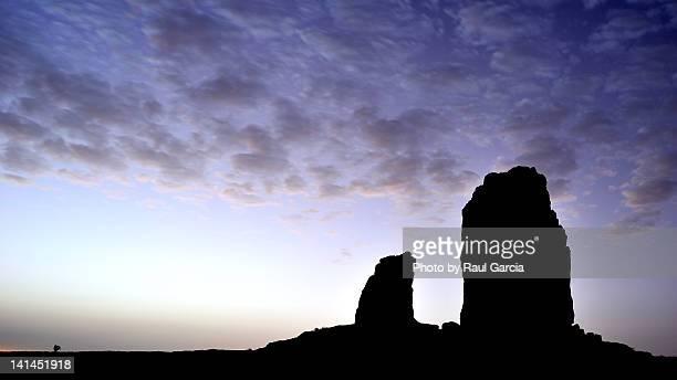 roque nublo & ranita - tejeda canary islands stock pictures, royalty-free photos & images