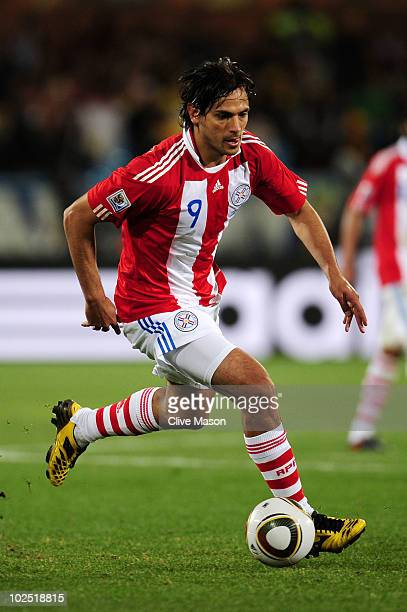 Roque Santa Cruz of Paraguay in action during the 2010 FIFA World Cup South Africa Round of Sixteen match between Paraguay and Japan at Loftus...