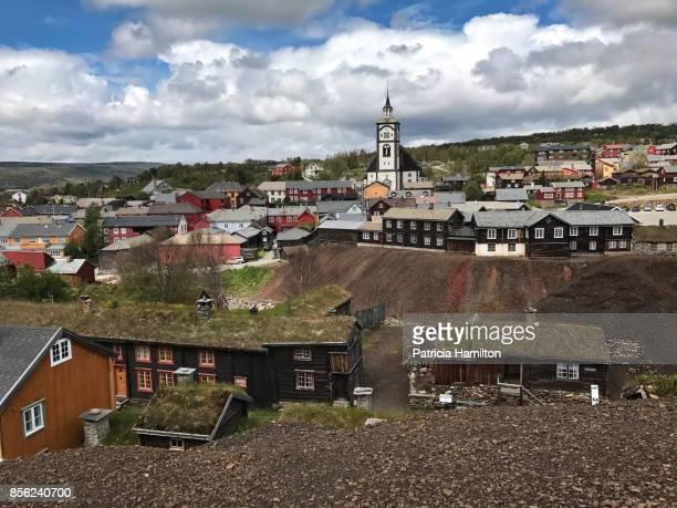 roros, norway - ノルウェー文化 ストックフォトと画像