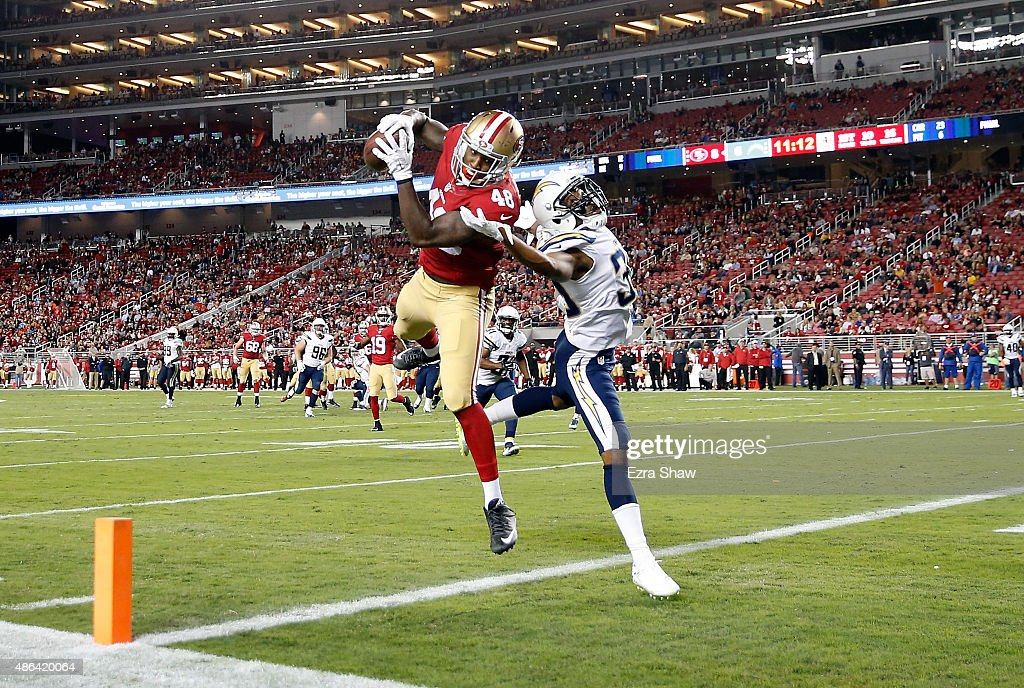 San Diego Chargers v San Francisco 49ers : News Photo