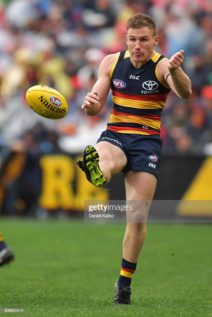 AFL Rd 20 - Adelaide v Port Adelaide : News Photo