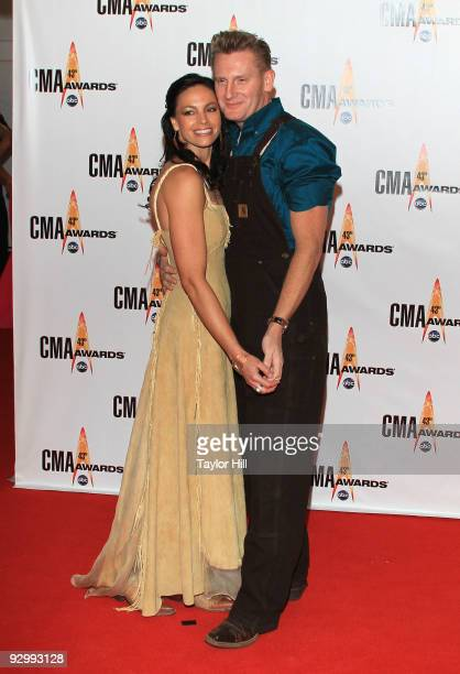 Rory Lee Feek and Joey Martin Feek of Joey + Rory attend the 43rd Annual CMA Awards at the Sommet Center on November 11, 2009 in Nashville, Tennessee.
