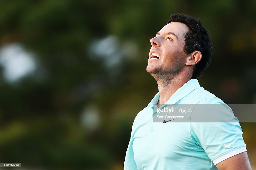 Rory McIlroy of Northern Ireland celebrates a birdie putt to defeat Ryan Moore on the fourth playoff hole to win the TOUR Championship and clinch the FedExCup at East Lake Golf Club on September 25, 2016 in Atlanta, Georgia.