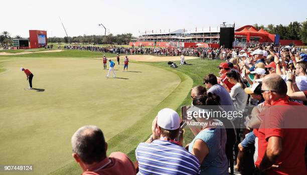 Rory McIlroy of Northern Ireland makes a putt on the 9th green during day three of Abu Dhabi HSBC Golf Championship at Abu Dhabi Golf Club on January...