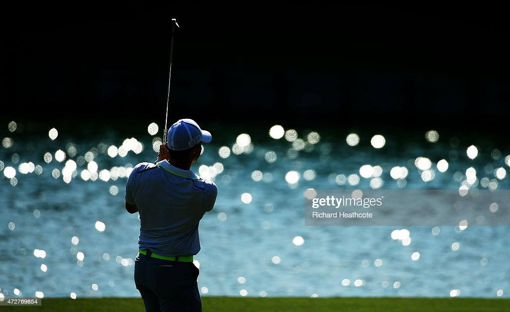 Rory McIlroy of Northern Ireland plays his second shot on the 18th hole during round three of THE PLAYERS Championship at the TPC Sawgrass Stadium course on May 9, 2015 in Ponte Vedra Beach, Florida.