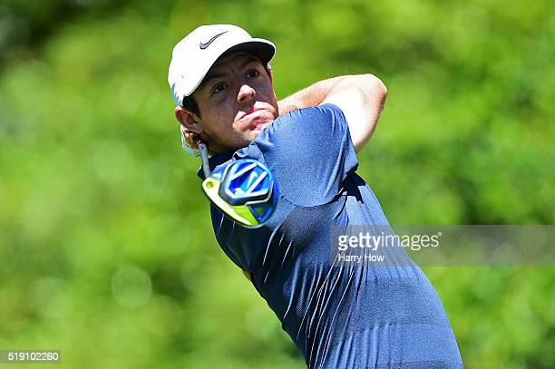 Rory McIlroy of Northern Ireland plays his shot from the seventh tee during a practice round prior to the start of the 2016 Masters Tournament at...