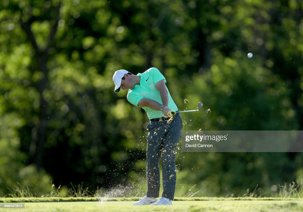 Rory McIlroy of Northern Ireland plays his tee shot on the par 3, 16th hole during the first round of the 117th US Open Championship at Erin Hills on June 15, 2017 in Hartford, Wisconsin.