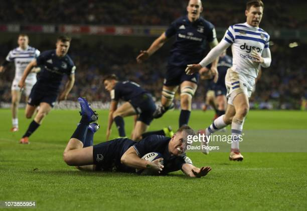 Rory O'Loughlin of Leinster breaks clear to score their second try during the Champions Cup match between Leinster Rugby and Bath Rugby at the Aviva...