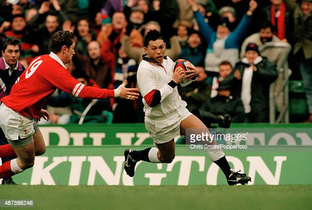Rory Underwood scores a Try for England during the Five Nations Rugby Union International between England and Wales at Twickenham in London on 3rd...