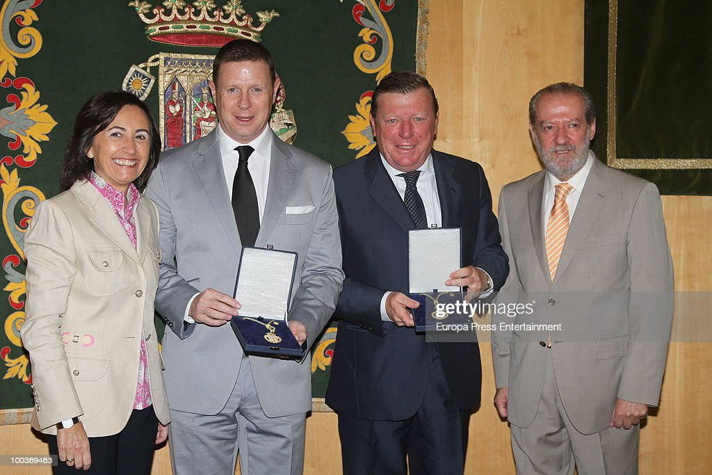 Rosa Aguilar, Jorge Cadaval, Cesar Cadaval and Fernando Rodriguez Villalobos attend the Seville Golden Medal Ceremony at Seville Province Day on May 23, 2010 in Seville, Spain.