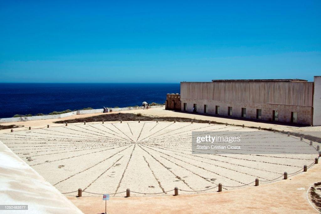 Rosa dos Ventos compass in Ponta de Sagres : ストックフォト