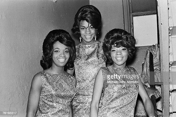 Rosalind Ashford Martha Reeves and Betty Kelly of Martha and the Vandellas get ready to go onstage circa mid1964 at the Apollo Theater in Harlem New...