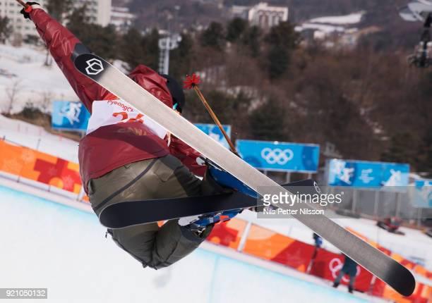 Rosalind Groenewoud of Canada during the women's Halfpipe Freestyle Skiing at Phoenix Snow Park on February 20 2018 in Pyeongchanggun South Korea