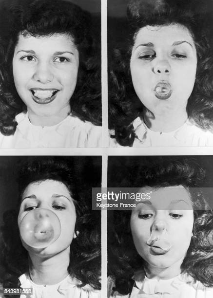 Rosalind Melillo montrant comment faire des bulles avec un chewinggum à Chicago aux EtatsUnis circa 1945