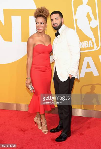 Rosalyn GoldOnwude and Drake attend the 2017 NBA Awards live on TNT on June 26 2017 in New York New York 27111_003