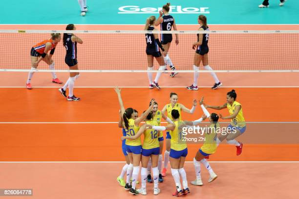 Rosamaria Montibeller #9 Roberta Silva Ratzke #11 Tandara Caixeta #12 Natalia Pereira #17 Suelen Pinto #20 Ana Beatriz Correa and team mates of...