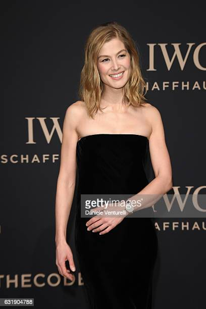 Rosamund Pike arrives at IWC Schaffhausen at SIHH 2017 'Decoding the Beauty of Time' Gala Dinner on January 17 2017 in Geneva Switzerland